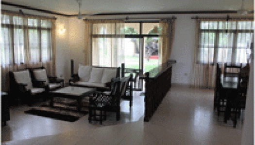 Furnished beach villas to let