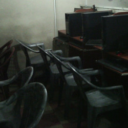 The cyber cafe one side