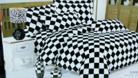 Black n white checked