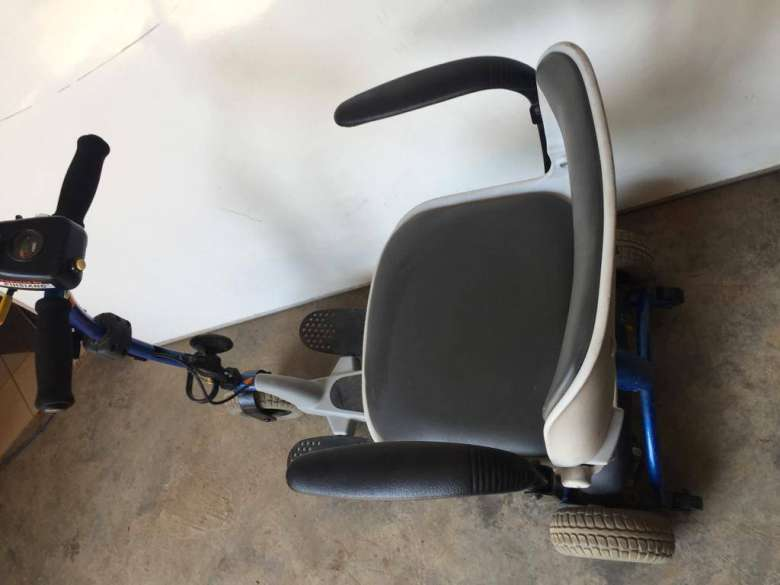 deluxe scooter2